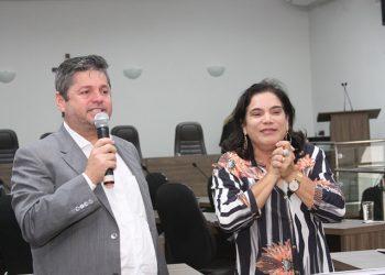 Jornalista Vander Lúcio Barbosa (apoiador) e Vereadora Maria Geli