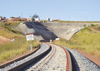 Marco zero da ferrovia em território goiano