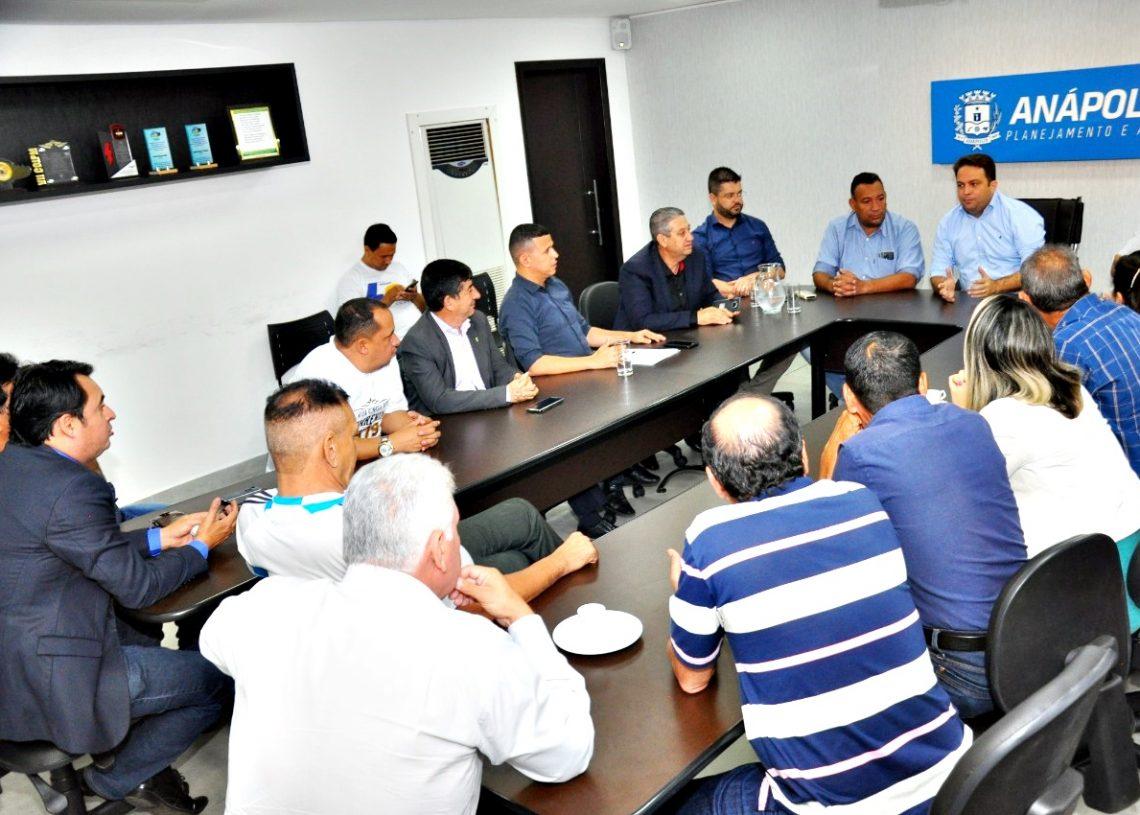 Reunião do Prefeito Roberto Naves com os vereadores
