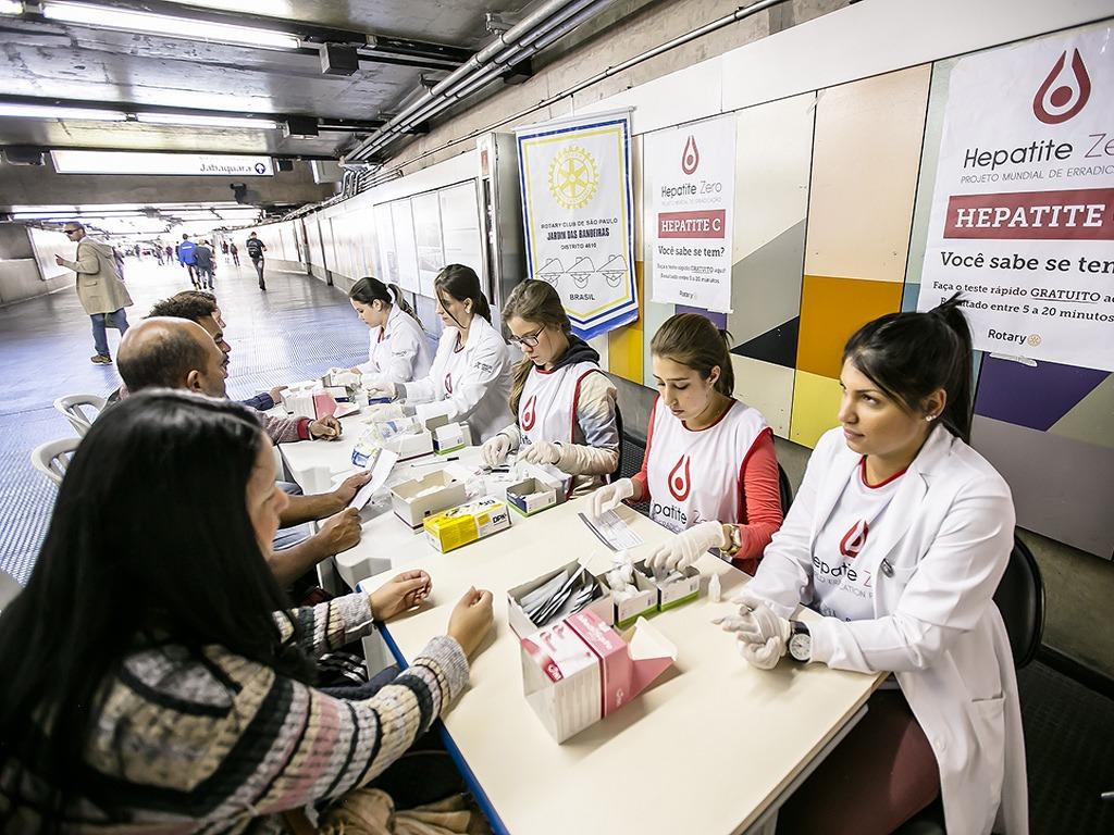 Em algumas localidades do País, a campanha já está em pleno andamento. Trabalho é uma meta proposta pelo Rotary Internacional