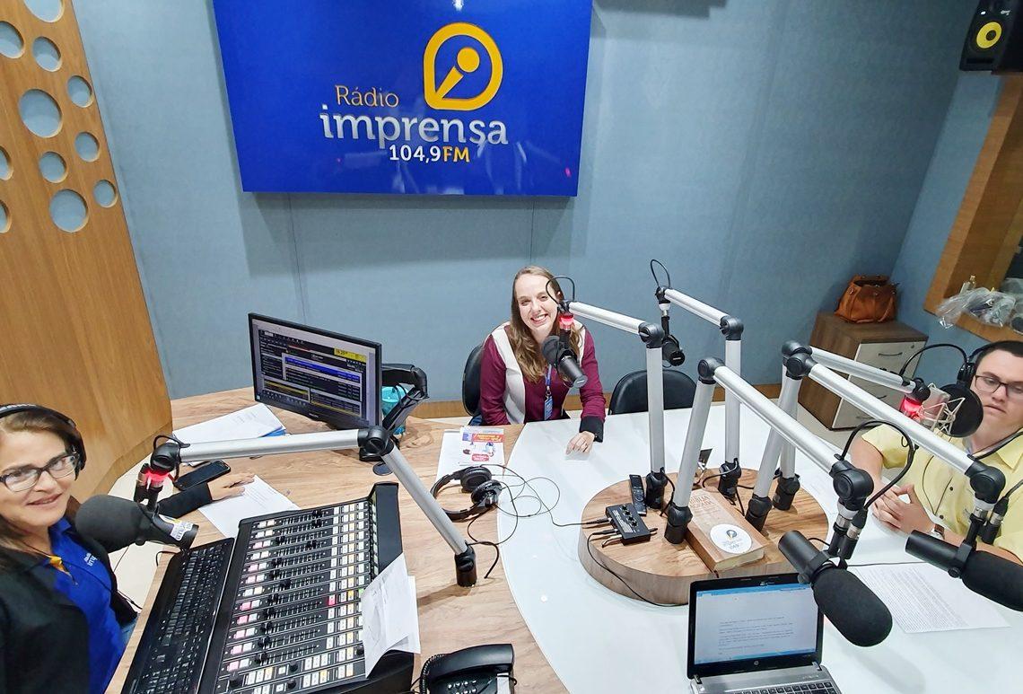 Pollyana Centro de Línguas UniEvangélica