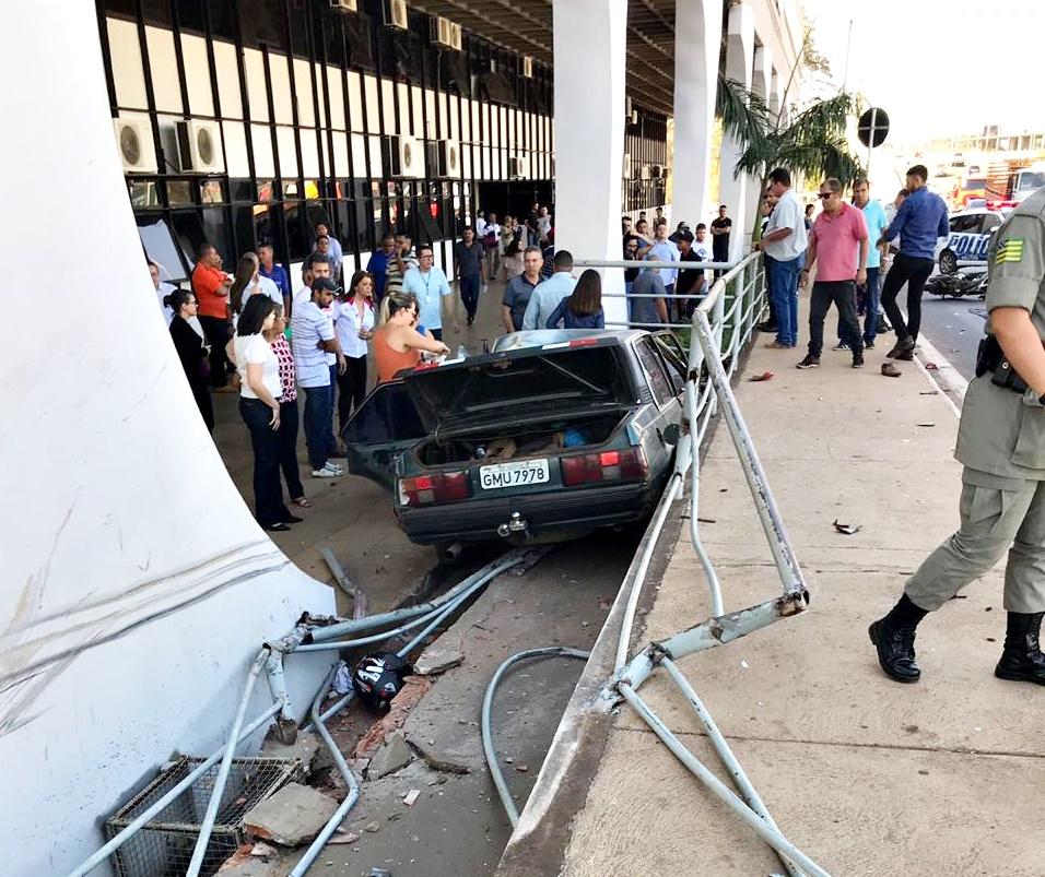 Acidente Avenida Brasil