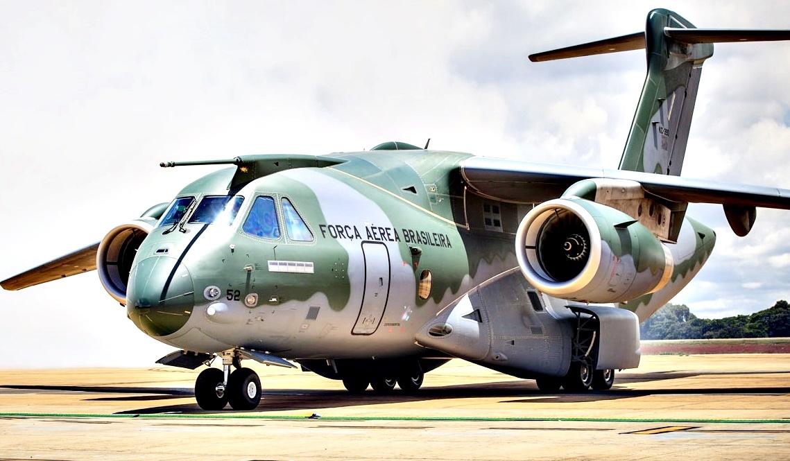 Aeronave KC 390 FAB (2)