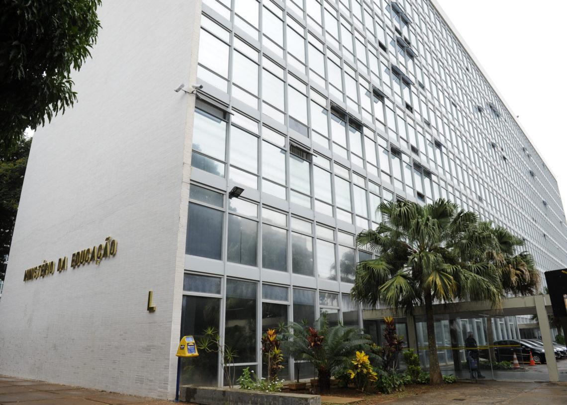 Fachada do Ministério da Educação (MEC), na Esplanada dos Ministérios, Brasília, DF.  Foto: Marcos Oliveira/Agência Senado