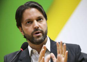A decisão suspende o andamento da ação penal contra Alexandre Baldy instaurada no Rio de Janeiro por existirem indícios de que a competência para julgar os fatos é da Justiça Eleitoral de Goiás