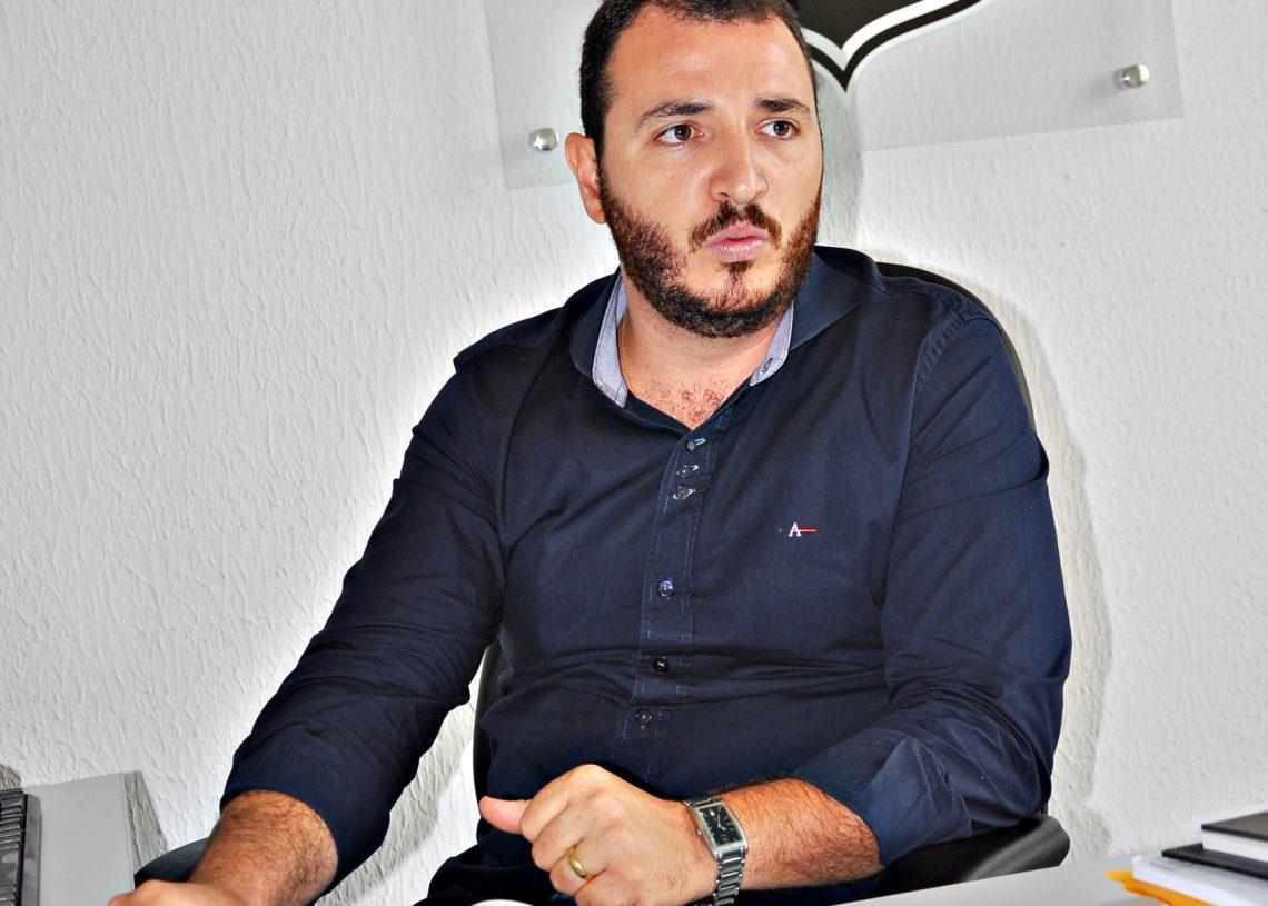 Vander-Coelho
