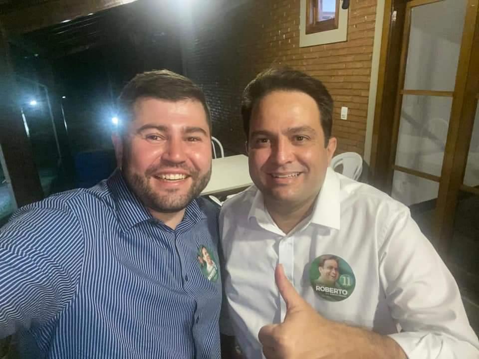 Deputado Amilton Filho comemorou com Roberto Naves a vitória na disputa pela Prefeitura de Anápolis