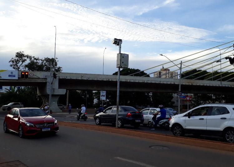 Embora pequeno, houve crescimento no número de veículos emplacados no Município