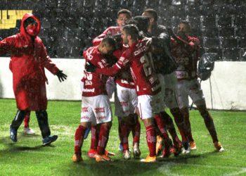 Tigre encerrou sequência positiva de 18 partidas dos paranaenses em casa (Foto: Comunicação/VNFC)