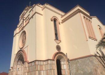 Igreja Matriz de Sant`Ana, na região central de Anápolis: tradição e história (Foto: Samih Zakzak)