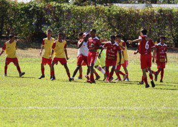 Rubra se sagrou vencedora na categoria sub-16 (Foto: Divulgação/Copa Revelação)