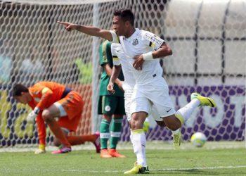 Gustavo Japa brilhou nas categorias de base do Santos (Foto: Comunicação/Santos)