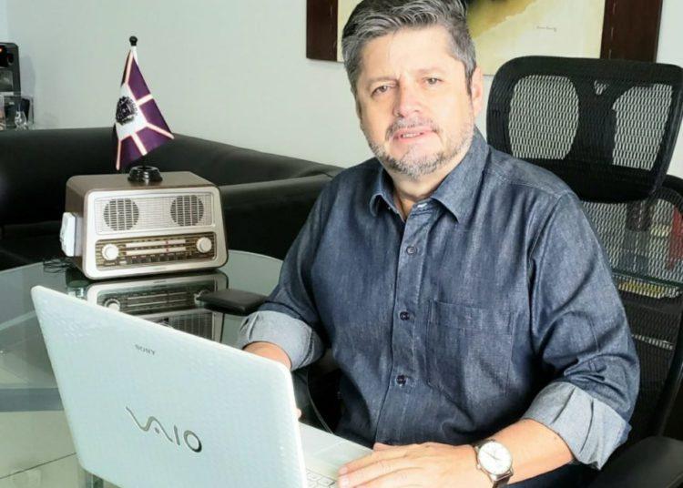 Vander Lúcio Barbosa é diretor geral do jornal e portal CONTEXTO